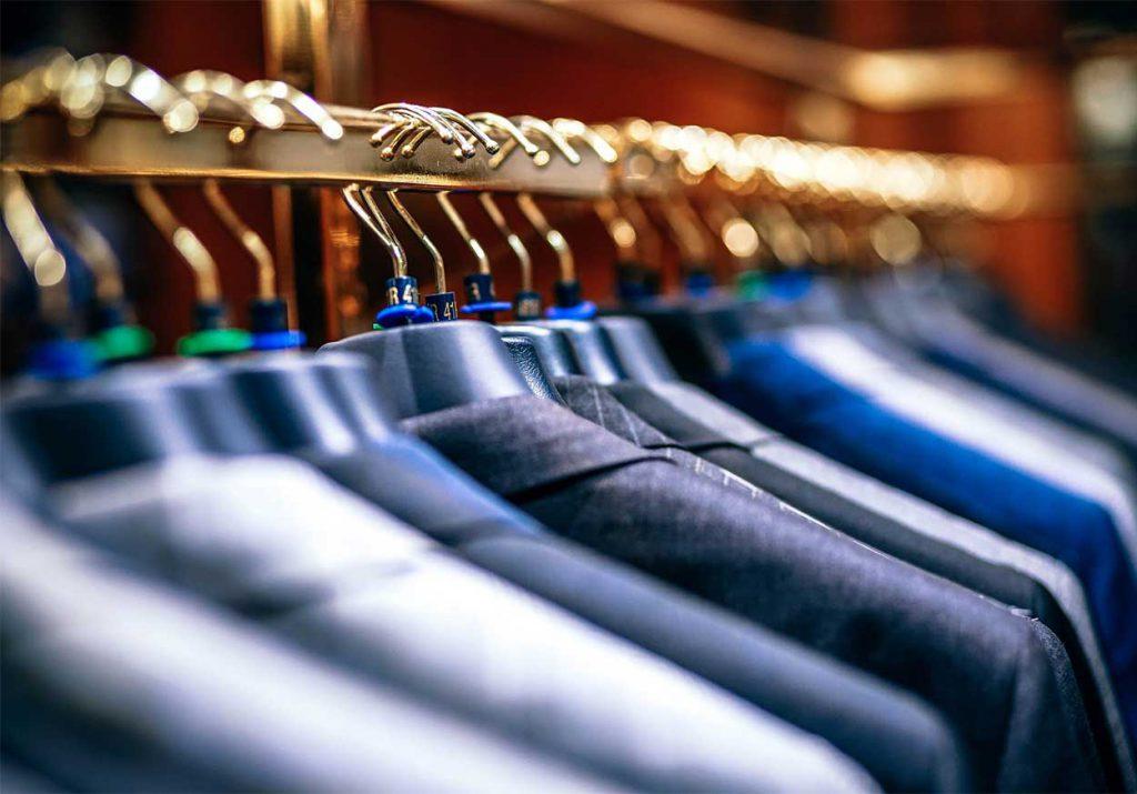 Le Pressing de la Fontaine à Bellignat propose à ses clients, professionnels et particuliers, un service de qualitéde blanchisserie et nettoyage à sec